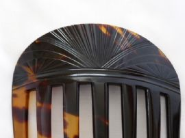Antique Real Tortoiseshell Hair Comb - Japanese - Circa 1920 - Art Deco (sold)